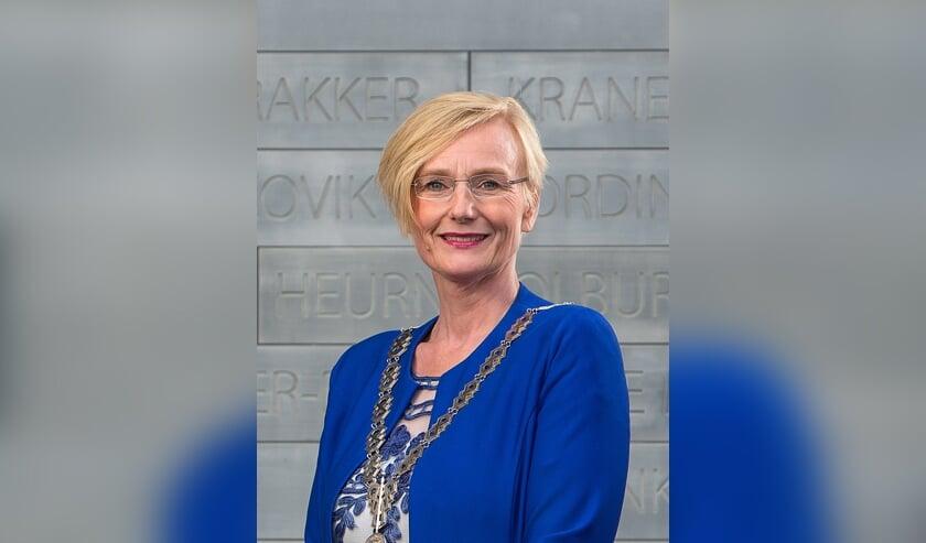 <p>Marianne Besselink viert 21 oktober 2020 haar vijfjarig jubileum als burgemeester. Foto: Gemeente Bronckhorst</p>