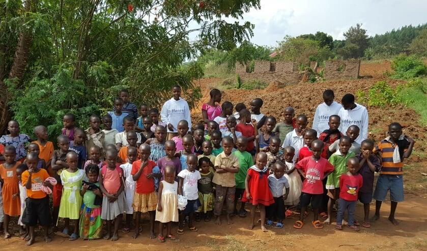 <p>Met de aankoop van speculaas wordt het project van Joanne Foundation in Oeganda gesteund. Foto: PR</p>
