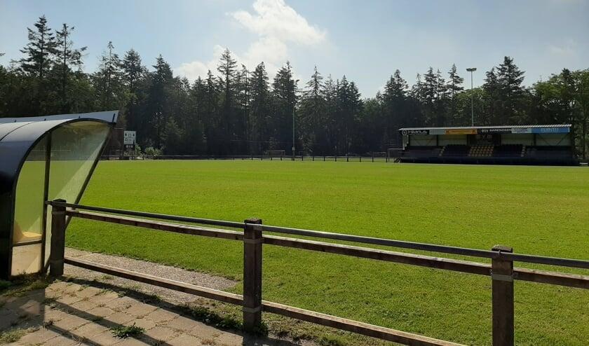 <p>Het is momenteel in het weekeinde leeg op sportpark &#39;t Grote Veld van VV Vorden nu er geen wedstrijden worden gespeeld. &nbsp;Foto: VV Vorden </p>