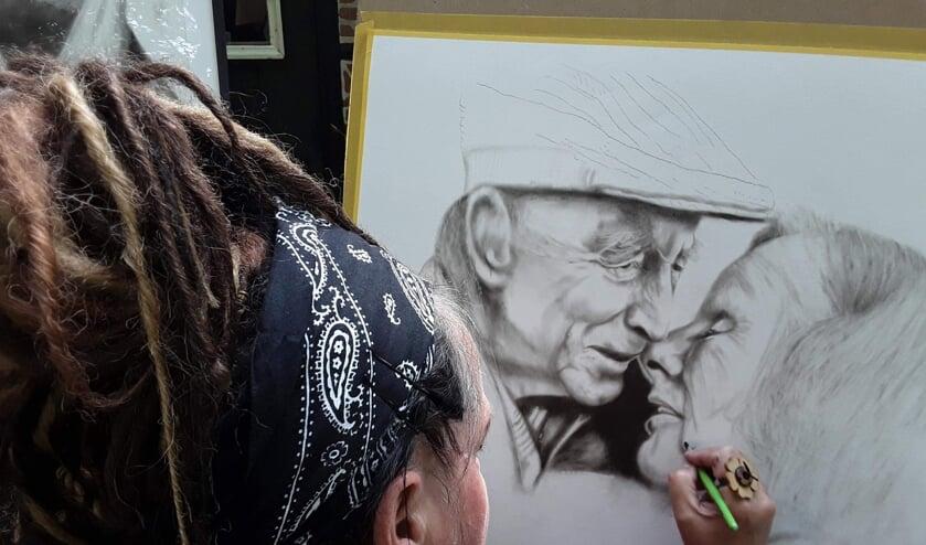 <p>Hilda Haselberg aan het werk. Foto: PR</p>