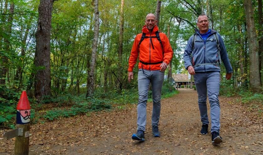 <p>Bert van Zijtveld en Alain Schepers zetten vamaf maandag tien dagen lang hun beste beentje voor om de horecasector te steunen.</p>