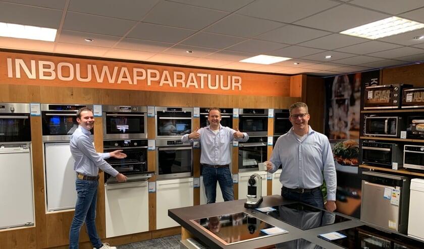 <p>Het team van Obbink Eibergen begroet iedereen graag in de nieuwe winkel. Foto: PR</p>