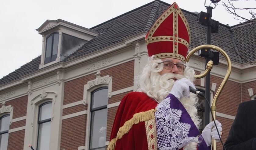 Sint n icolaas komt wel naar Dinxperlo, maar laat zich alleen online zien, dit jaar. Foto; Frank Vinkenvleugel