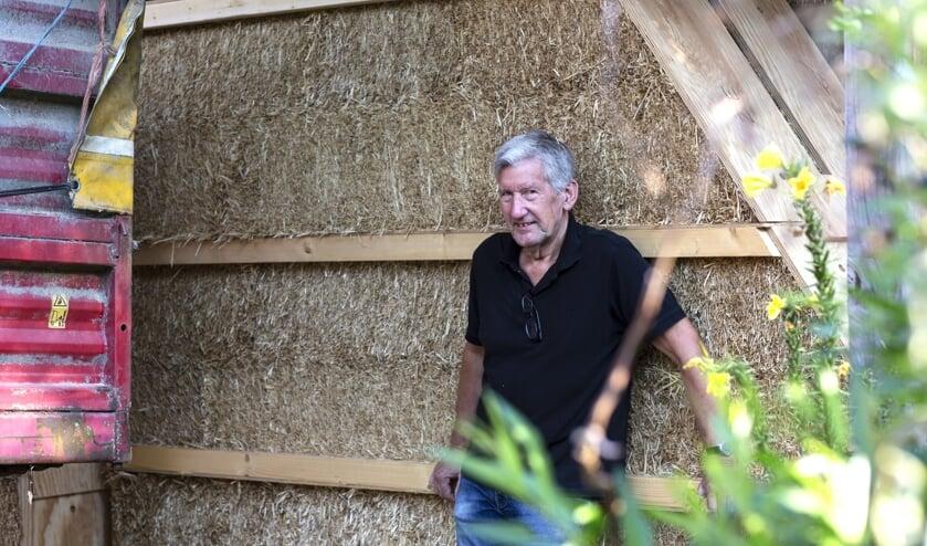 <p>Strobouwer Pim Hondeveld uit Gelselaar. Foto: Rebke Klokke</p>