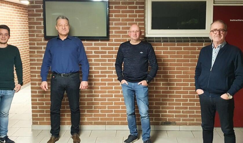 <p>Van links af: Biense Kleine Braskamp (EGVV), Erik Krabbenborg (GSV '63), Marcel Lankwarden (Sportclub Haarlo) en Peter Brugman (vv Reünie). Sp. Noordijk was verhinderd. Foto: Rob Weeber</p>