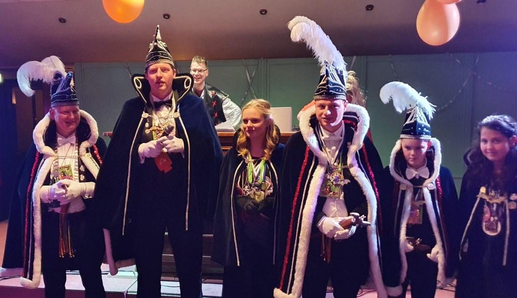 Natuurlijk werden ook een prins en prinses aangesteld. Foto: Rob Weeber  © Achterhoek Nieuws b.v.