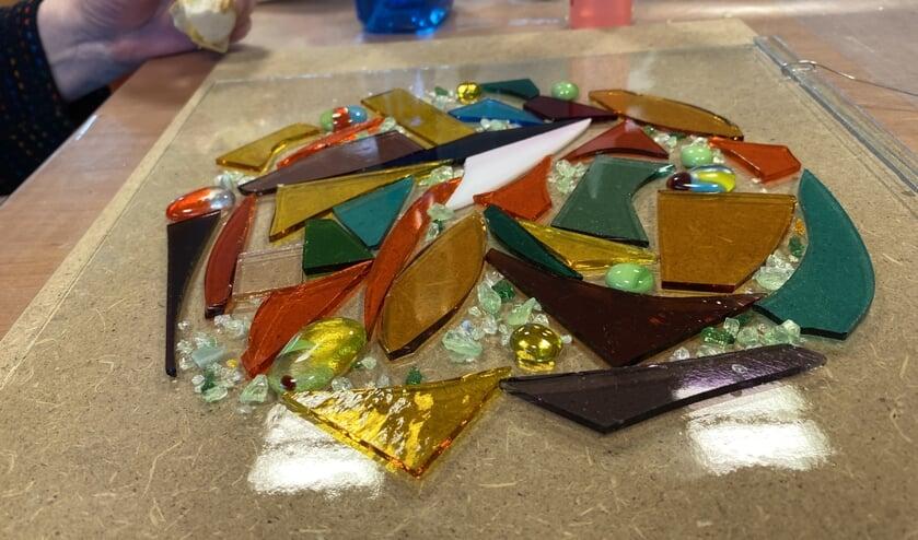 Kleurrijke kunstwerken zijn er te maken met glasfusie. Foto: PR