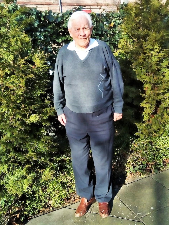 Emeritus-bisschop Henk te Maarssen in de tuin van Park Zuiderhout in Teteringen.  Foto: eigen foto © Achterhoek Nieuws b.v.