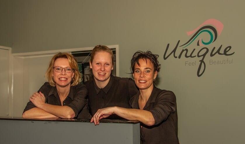 Monique Schotsman, Anne van Halen en Kristl Haggeman van Unique Hairstyling. Foto: Liesbeth Spaansen