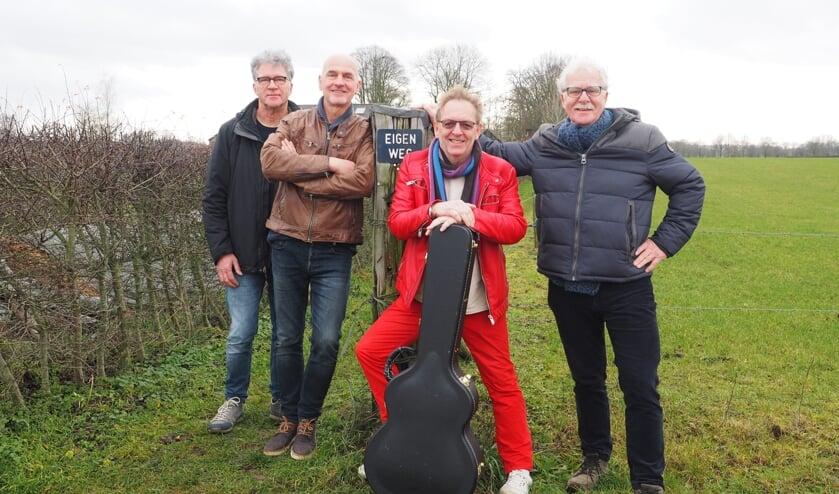Eigen Weg (v.l.n.r.)Henk Buunk, Henk Hilferink, Gerard de Jong en Gerard Schoenmaker. Foto: Coby Goederond