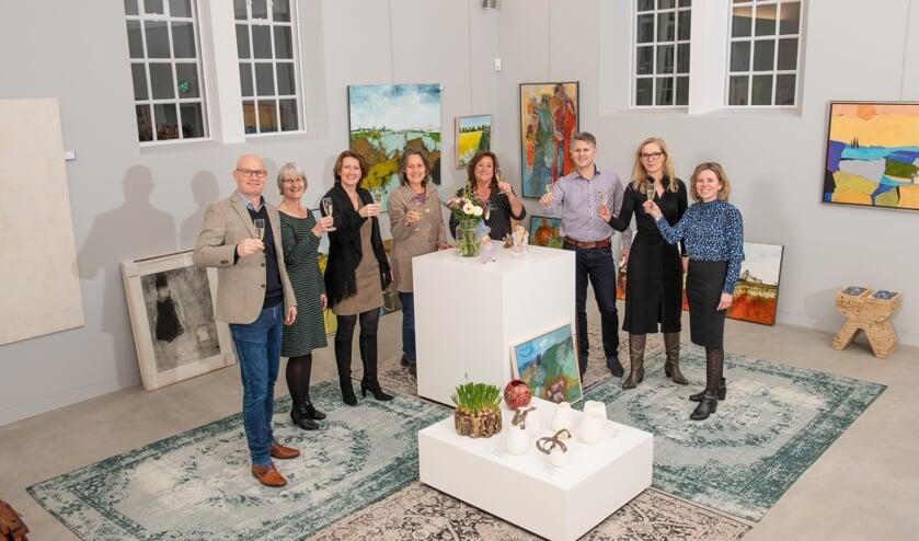 De mensen van kunst of Art en de mensen van de Kunstuitleen Stadsmuseum. Foto: Carlo Stevering