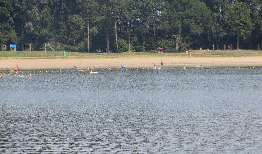 Openbaar zwemwater blijft bij de Slingeplas. Foto: Bernhard Harfsterkamp