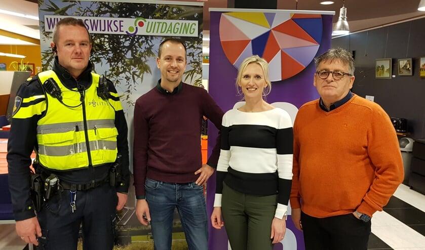 Vlnr Berend Jager (politie), Kars Engwirda (esselink.nu), Jaschenka Plekenpol (SNS) en Harry Garritsen (Winterswijkse Uitdaging). Foto: Han van de Laar