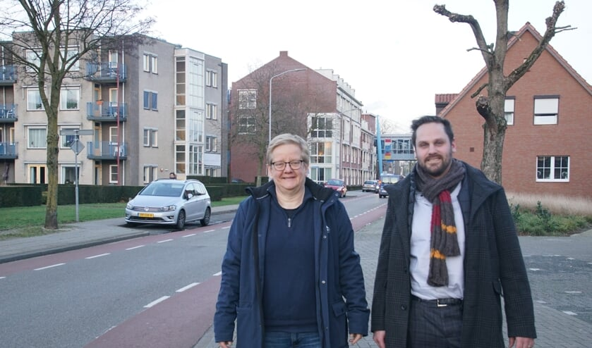 Marja Disveld en Peter Hermes van de Stichting Grensmarkt. Foto: Frank Vinkenvleugel