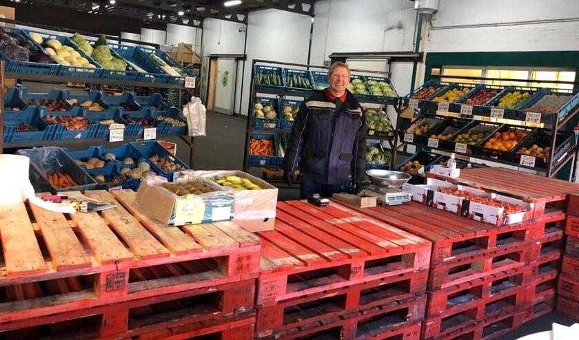 Koos Prins richtte een winkel in op het industrieterrein. Foto: R. Westera