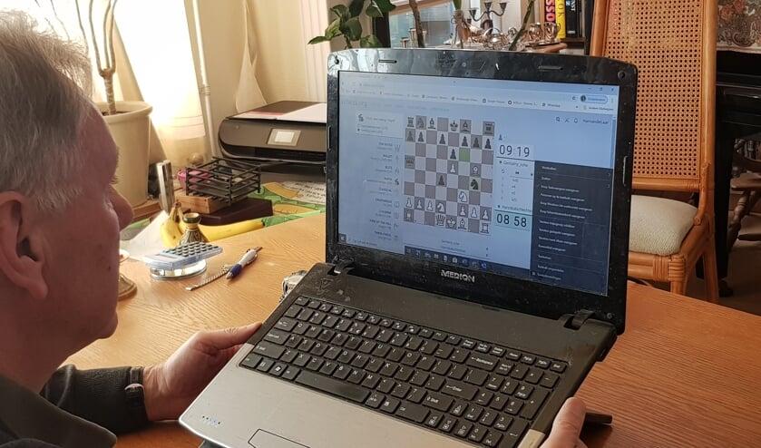 Online schaken neemt enorme vlucht en kan vanuit huis. Foto: Han van de Laar