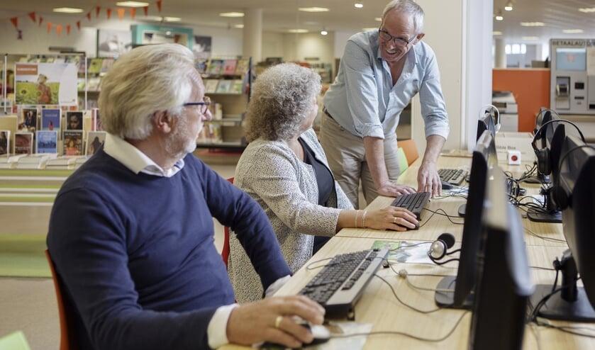 Beginnen met computeren? Geef je op voor de cursus Klik & Tik. Foto: Bibliotheek Oost Achterhoek