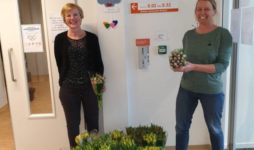Tulpen voor medewerkers GGNet. Foto:  PR