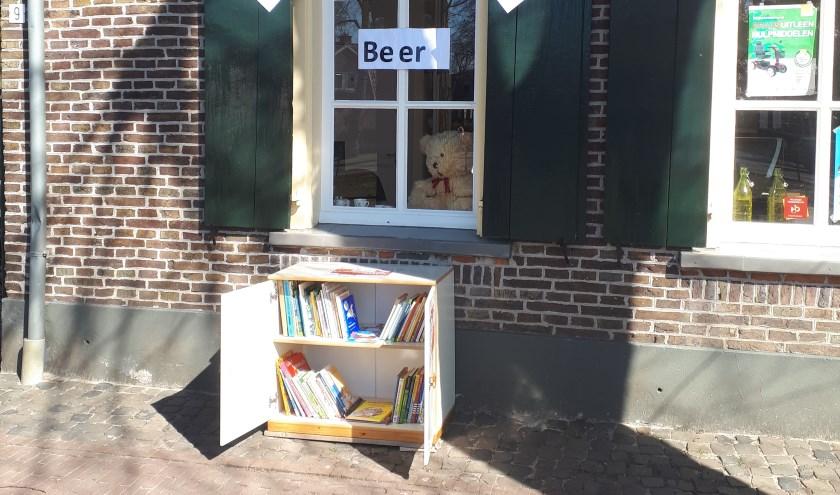 Het Kinderzwerfboekstation bij De Ahof. Foto: PR