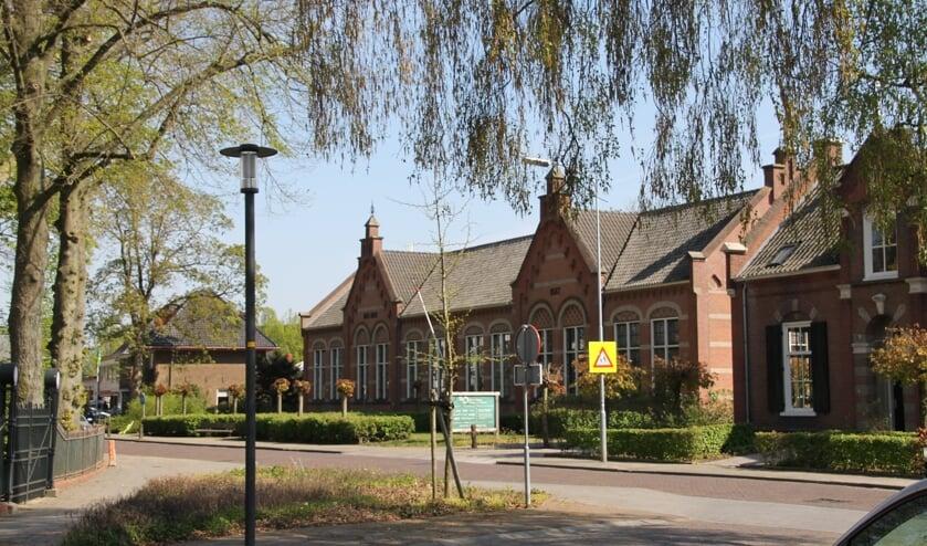 <p>Sociaal cultureel centrum Den Diek aan de Dijkstraat. Foto: Annek&eacute;e Cuppers/archief Achterhoek Nieuws</p>