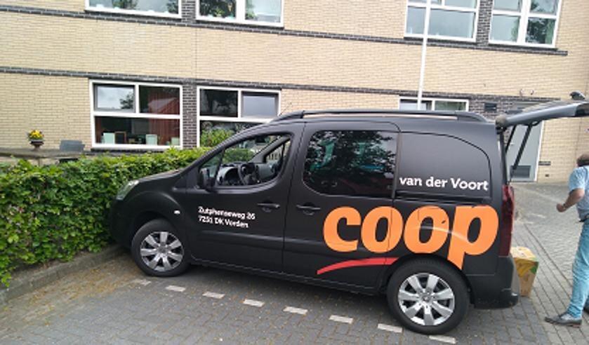 Coop in Vorden bezorgt wekelijks de boodschappen bij de bewoners van De Enk. Foto: PR
