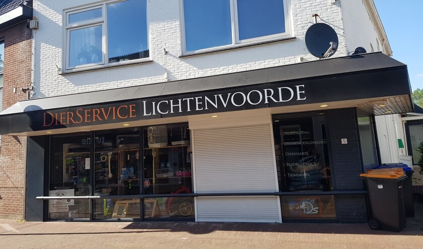 Dit pand aan de Rentenierstraat in Lichtenvoorde zou verbouwd kunnen worden tot zes nieuwe appartementen.