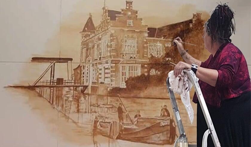 Hilda voorzag de muren van de Zompenloods in Borculo  ook van haar kunstwerken. Foto: PR