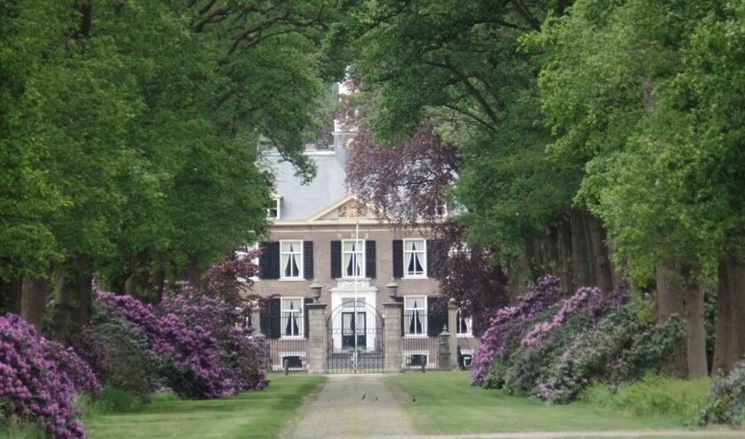 Huize Medler is een van de kastelen waar men langskomt bij de fietsroute van De Herberg. Foto: Jan Hendriksen.