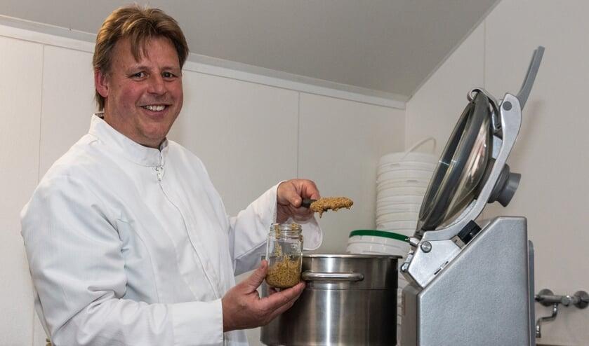 Gerard Zoetbrood is de nieuwe maker van de Zutphense mosterd. Foto: Henk Derksen