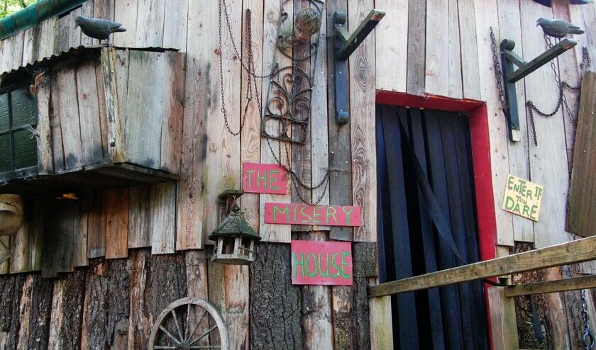 Het spookhuis in het follybos. Foto: PR