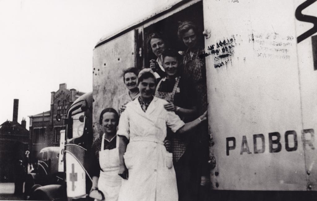 Vertrek van een konvooi uit het Deense Padborg, via Lochem en Zutphen naar Utrecht, op 27 september 1945, Bov Local Archives.  © Achterhoek Nieuws b.v.