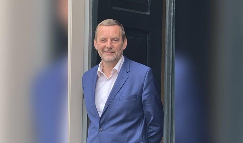 Burgemeester Anton Stapelkamp groet iedereen vanuit het gezelligste raadhuis van Nederland. Foto: PR Gemeente Aalten