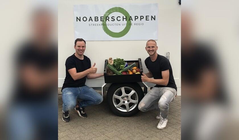 Koen Garritsen (links) en Mart Schutten, initiatiefnemers van Noaberschappen.nl. Foto: Richard Stegers
