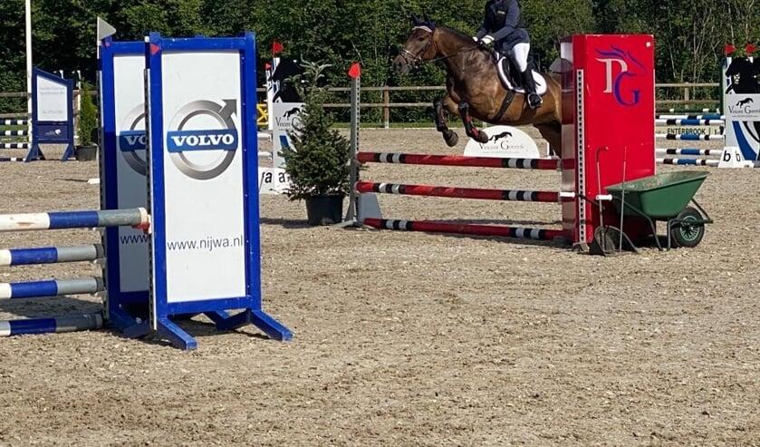 Boukje Mengerink met haar pony Dillan. Foto: PR