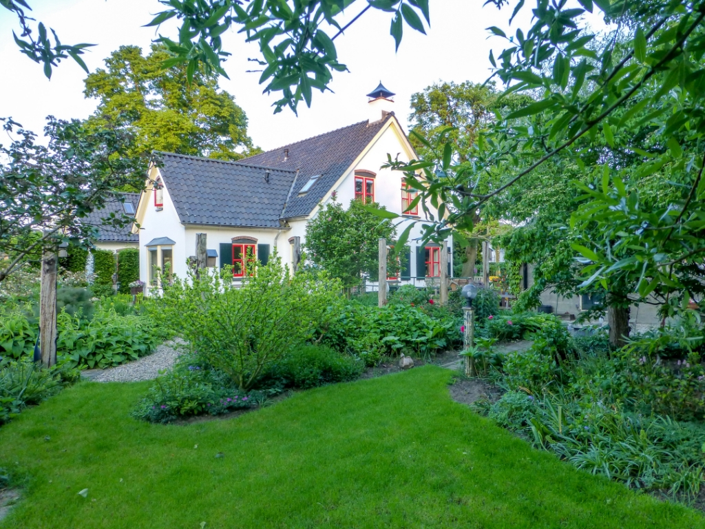 De tuin van de familie Vlogman. Foto: Henny Vlogman  © Achterhoek Nieuws b.v.