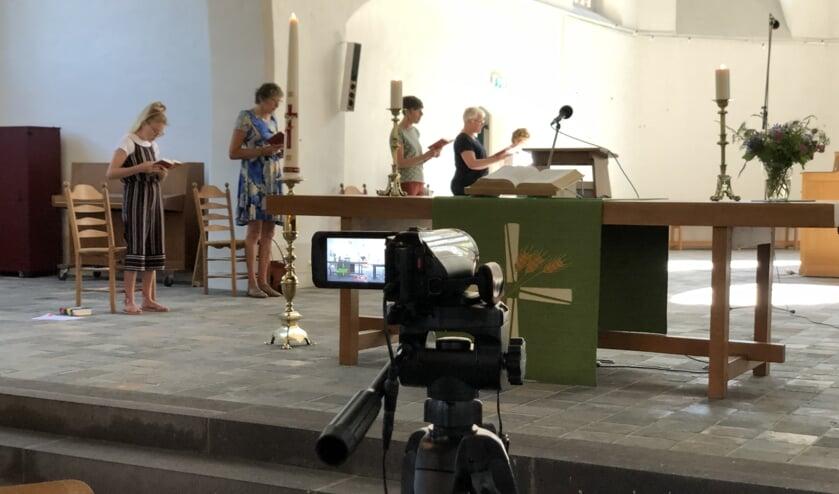In de afgelopen maanden werden de diensten in Steenderen opgenomen en via internet uitgezonden. Foto: PKN-SB