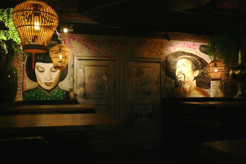 Nieuwe stijl in bar Down Town. Jos Betting © Achterhoek Nieuws b.v.