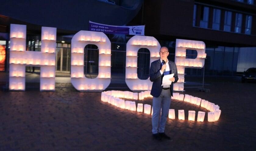 Wethouder Bert Groot Wesseldijk sprak de aanwezigen toe. Foto: Arjen Dieperink