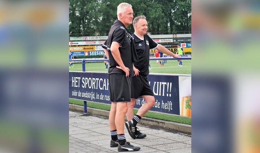 Het nieuwe trainersduo van Grol met rechts hoofdtrainer William Krabbenborg en links assistent-trainer Jos Heutinck. Foto: Theo Huijskes