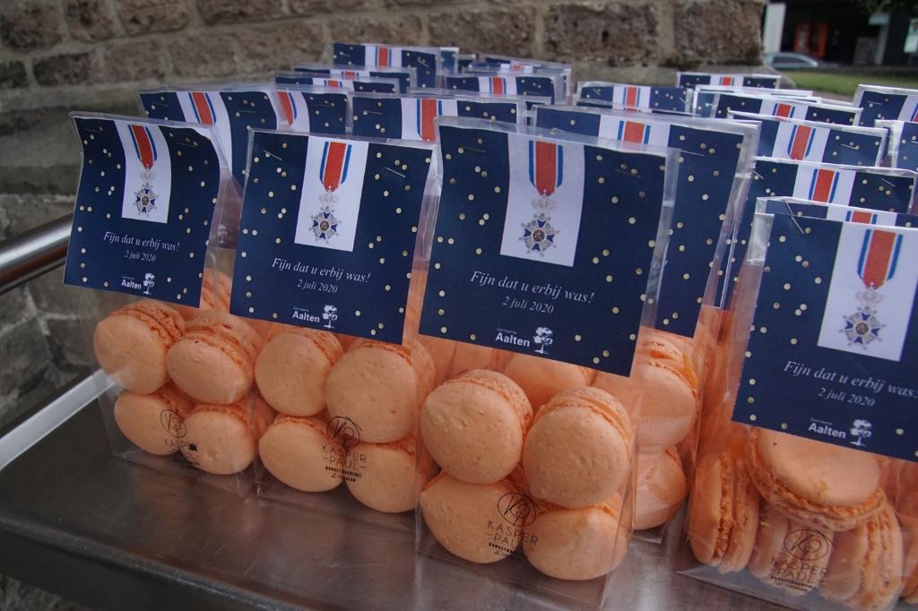 De macarons in 'Aalten-orjanje'-kleur. Foto: Frank Vinkenvleugel  © Achterhoek Nieuws b.v.