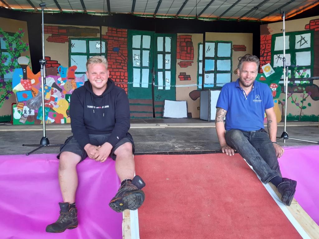 Organisatoren Jinte Versteeg en Bertram Larink. Foto: Ceciel Bremer  © Achterhoek Nieuws b.v.