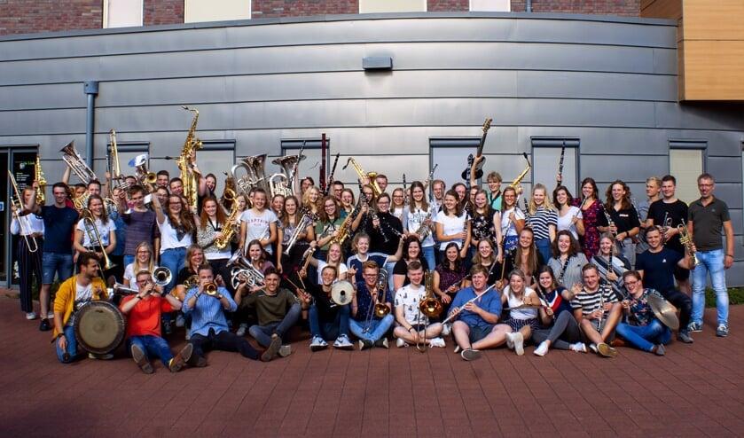 De enthousiaste orkestmuzikanten van de vorige editie van het OGJO. Foto: PR OGJO