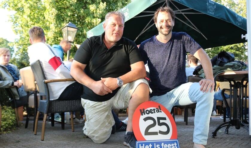Wim Bruil (l.) en Bas Kervel werden afgelopen week in het zonnetje gezet. Foto: Arjen Dieperink