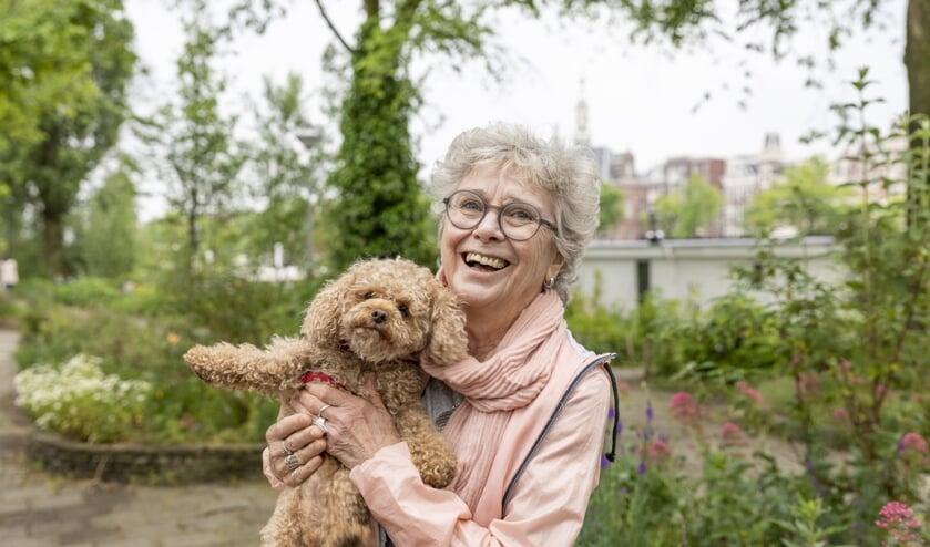 Op zoek naar een oppas voor je hond of een hond om op te passen? Meld je aan bij stichting OOPOEH. Foto: Bram Kloos