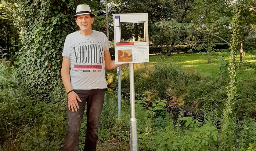 Vic Hulshof bij de stop van de Mondriaanfietstocht. Foto: PR