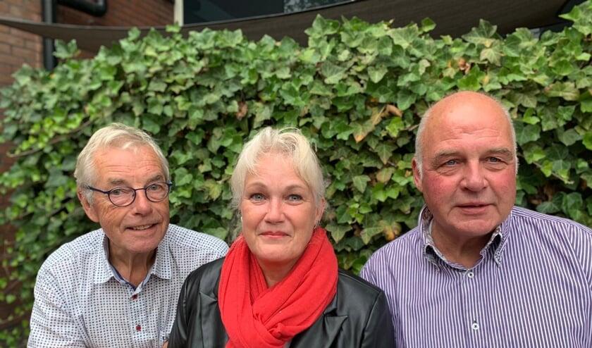 Het bestuur van HV De Berkelstreek wordt voorlopig gevormd door (vlnr): voorzitter Jan Versluis, secretaris Loes Huizing en penningmeester Paul Oort.