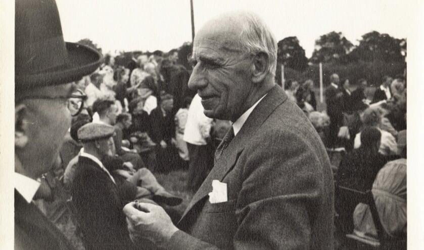 Dokter Paul van Bork rond 1950 Foto L.P. le Grand, collectie Erfgoedcentrum Zutphen.