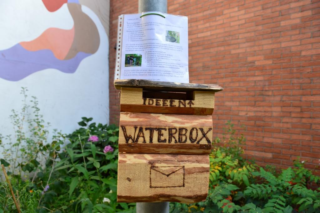 Ideeënbus voor een beter gebruik van water. Foto: Alize Hillebrink  © Achterhoek Nieuws b.v.