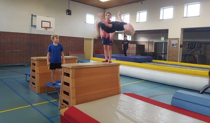 De mooiste sprongen worden gemaakt. Foto: Sonja Grooters