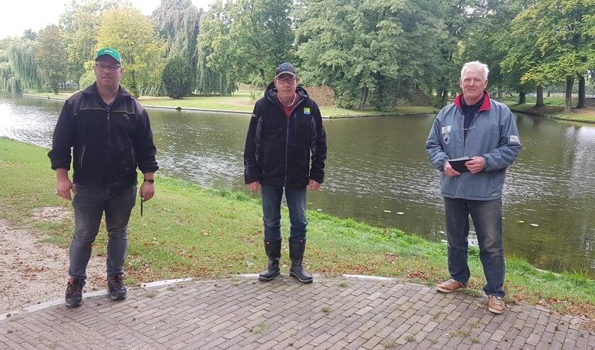 Prijswinnaars bij de senioren (vlnr): Bas te Woerd, Leo Helmers en Joop Ottink. Foto: PR GHV